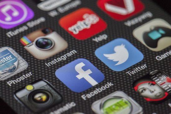 AndroidやiPhoneのアプリの紹介で報酬をもらう方法